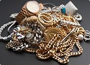 貴金属の宝飾品